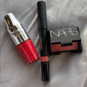 Makeup bundle !